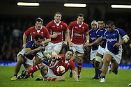 Ryan Jones of Wales looks to claim the loose ball. Dove Men series, autumn international rugby international, Wales v Samoa at the Millennium stadium,  Cardiff in South Wales on Friday 16th November 2012.  pic by Andrew Orchard, Andrew Orchard sports photography,