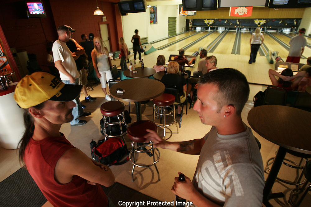 Friends talk in the quaint and friendly atmosphere of Grove City Lanes.