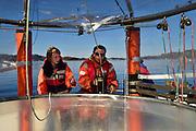 Right: Kai Lohbeck, KOSMOS Mesokosmen unter der Leitung des GEOMAR Kiel