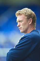 LIVERPOOL, ENGLAND - Sunday, August 30, 2009: Everton manager David Moyes before the Premiership match against Wigan Athletic at the Goodison Park. (Photo by David Rawcliffe/Propaganda)