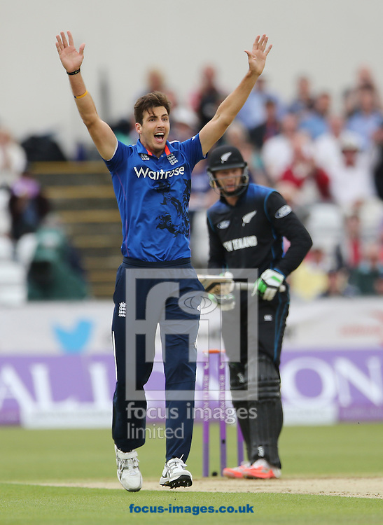 Steven Finn (l) of England appeals for a wicket during the Royal London One Day Series match at Emirates Durham ICG, Chester-le-Street<br /> Picture by Simon Moore/Focus Images Ltd 07807 671782<br /> 20/06/2015