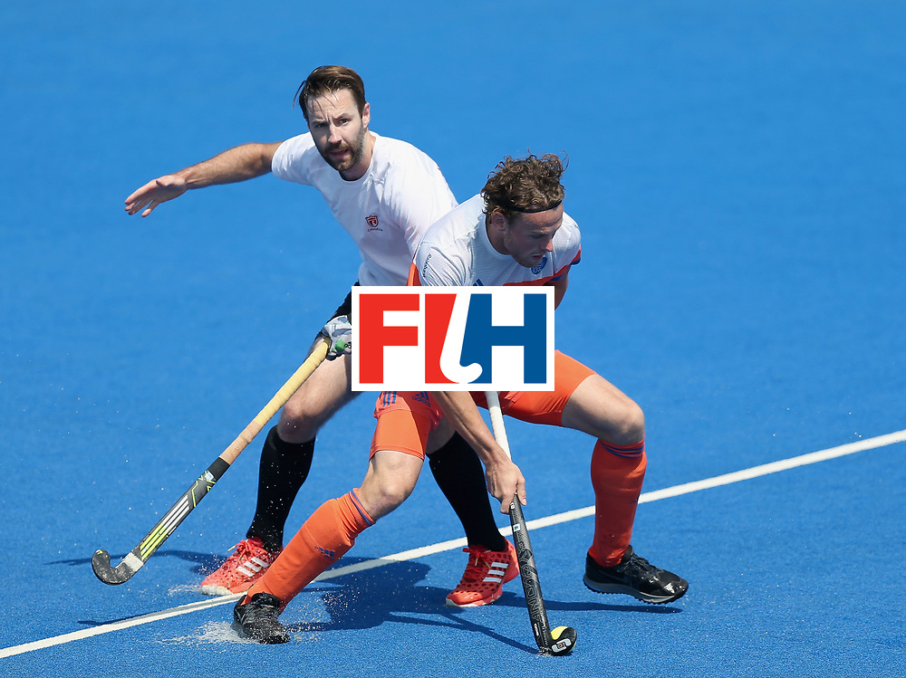 LONDON, ENGLAND - JUNE 19: Bob de Voogd of the Netherlands in action during the Hero Hockey World League Semi-Final match between Netherlands and Canada at Lee Valley Hockey and Tennis Centre on June 19, 2017 in London, England. (Photo by Alex Morton/Getty Images)