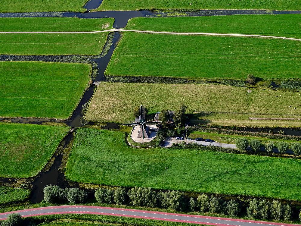 Nederland, Utrecht, Kockengen, 14-09-2019; veenweide landschap tussen Zegveld en Teckop. Kockengense molen, wipmolen, windmolen watermolen.<br /> Kockengen mill, windmill, watermill.<br /> luchtfoto (toeslag op standard tarieven);<br /> aerial photo (additional fee required);<br /> copyright foto/photo Siebe Swart