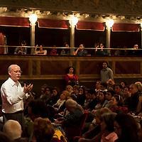 Jeremy Rifkin al Teatro Valle Occupato