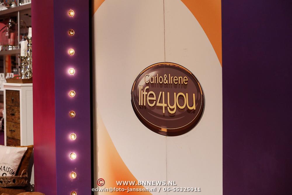 NLD/Hilversum/20121028 - Uitzending Life4You met Carlo Boszhard en Irene Moors , logo