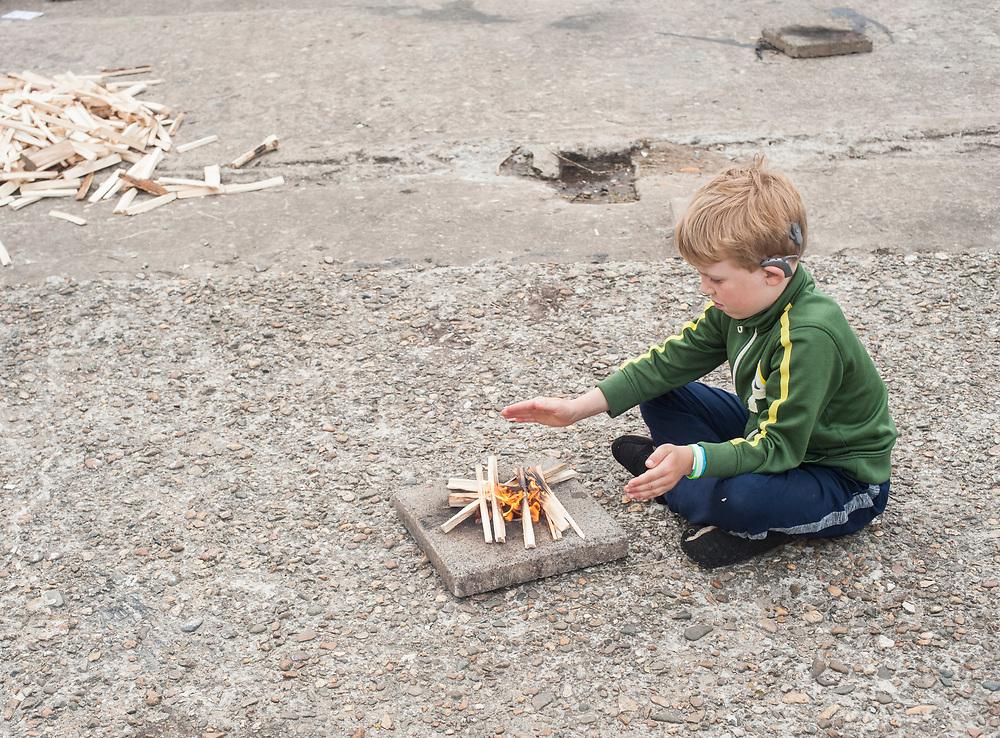 vuur maken onder begeleiding