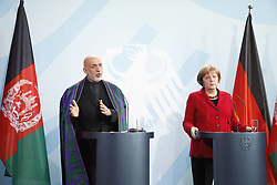 Bildnummer: 57994143.Afghanistan President Hamid Karzai with Chancellor Angela Merkel CDU hold a press conference in Federal Chancellery in Berlin, Wednesday May 16, 2012. Photo By imago/I-Images
