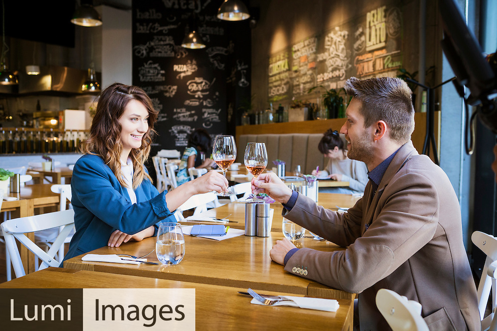 Men, Women, Dating, Flirting, Celebratory Toast, Restaurant,