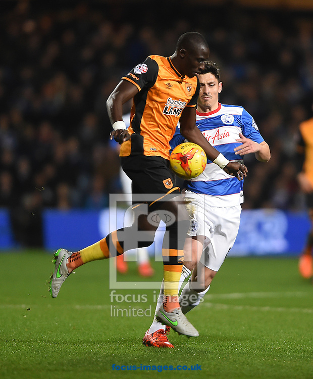 Hull City's Mohamed Diame on the ball during the Sky Bet Championship match at the Loftus Road Stadium, London<br /> Picture by Daniel Hambury/Focus Images Ltd +44 7813 022858<br /> 01/01/2016