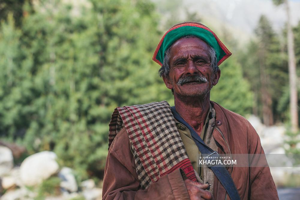 Portrait of a Kinnauri road labourer at Mastarang, Kinnaur