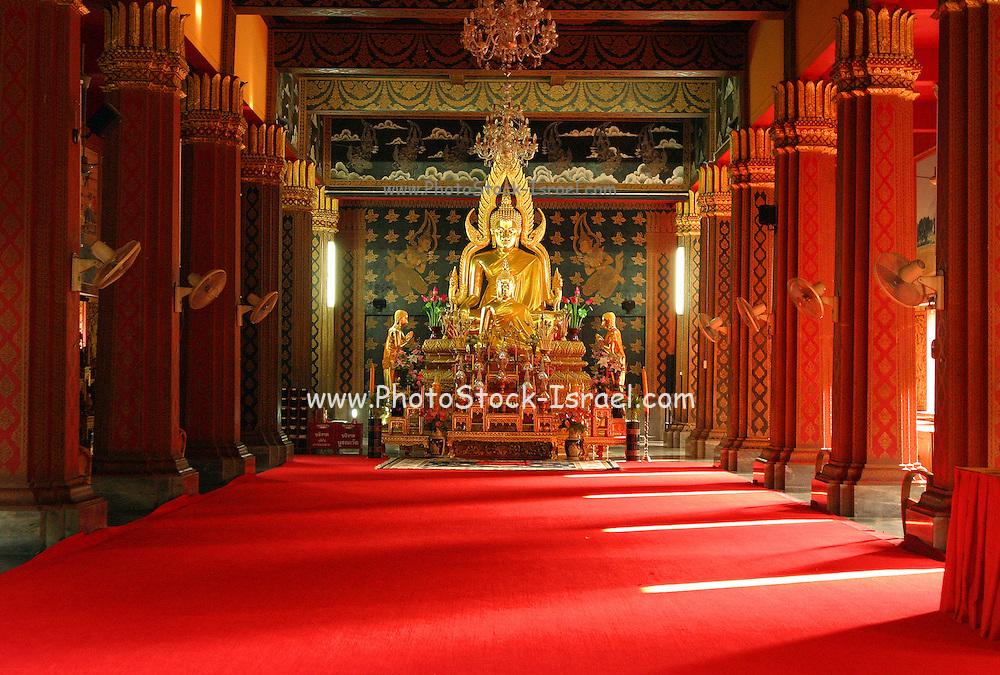 Gold Buddha at Phra Singh monastery Chiang Mai, Thailand Oct, 2005