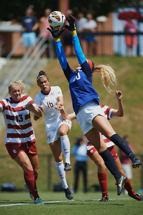 Tallahassee - FL - September 2013: <br /> Florida State Women's Soccer player Carson Pickett (16) looks to get in for a header against  the University of Oklahoma at the FSU Soccer Complex on September 8, 2013 in Tallahassee, FL.  &copy;2013 Perrone Ford. (Photo by Perrone Ford / PTFPhoto.com)