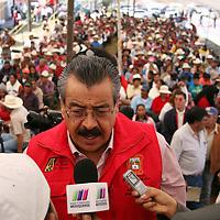 Jiquipilco, Mexico.- Francisco Ruben Bringas, Director de la Junta de Caminos del Edomex, en entrevista después de la reinauguración de 24 kilometros de la carretera que conecta a Jiquipilco con el municipio de Naucalpan.  Agencia MVT / Beatriz Rodriguez.