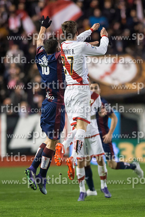 12.03.2016, Estadio de Vallecas, Madrid, ESP, Primera Division, Rayo Vallecano vs SD Eibar, 29. Runde, im Bild Rayo Vallecano's Diego LLorente and Sociedad Deportiva Eibar's Borja Baston // during the Spanish Primera Division 29th round match between Rayo Vallecano and SD Eibar at the Estadio de Vallecas in Madrid, Spain on 2016/03/12. EXPA Pictures &copy; 2016, PhotoCredit: EXPA/ Alterphotos/ Borja B.Hojas<br /> <br /> *****ATTENTION - OUT of ESP, SUI*****