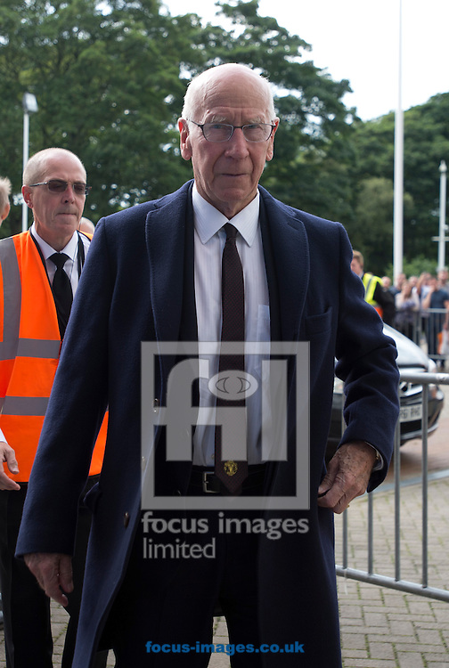 Sir Bobby Charlton arrives at the stadium before the Premier League match at the KCOM Stadium, Hull<br /> Picture by Russell Hart/Focus Images Ltd 07791 688 420<br /> 27/08/2016