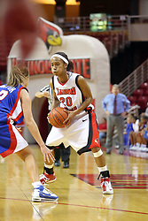 25 November 2007: Tiffany Hudson is confronted by Deirdre Naughton. The DePaul Blue Demons defeated the Illinois State Redbirds 80-75 on Doug Collins Court at Redbird Arena in Normal Illinois