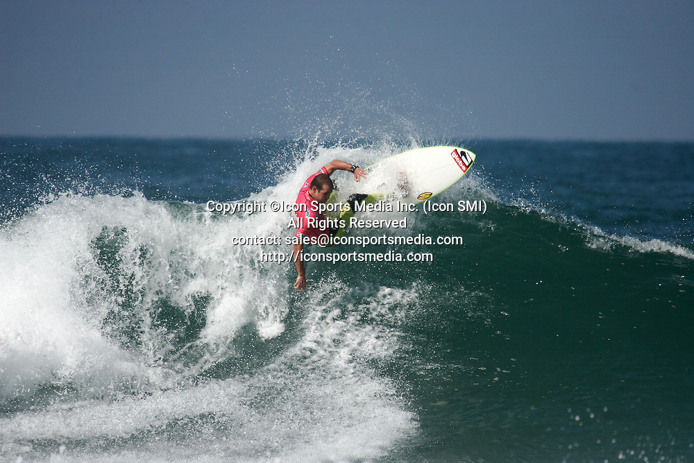 26 Sept 09 : Cj Hobgood (Usa) during the Quiksilver Pro France in Hossegor beach Seignosse Les Bourdaines