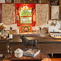 Rustic Cabin: Kitchen overall