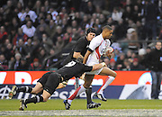 Twickenham, GREAT BRITAIN, Delon ARMITAGE breaking through midfied is tackled by Jimmy COWAN [No.9] and Ali WILLIAMS, during the Investic Challenge, England vs New Zealand, Autumn International at Twickenham Stadium, Surrey on Sat 29.11.2008 [Photo, Peter Spurrier/Intersport-images]