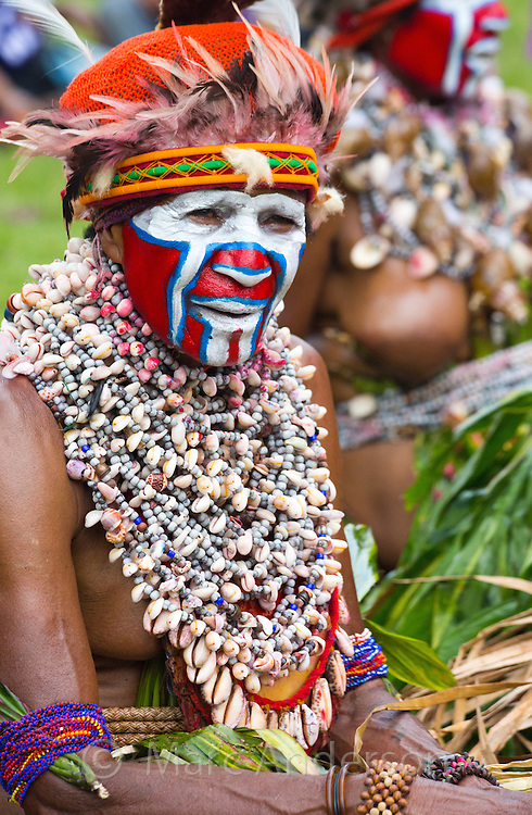 Portrait of a woman dressed in traditional tribal dress for the Goroka Show, an annual Singsing Festival in the highlands of Papua New Guinea