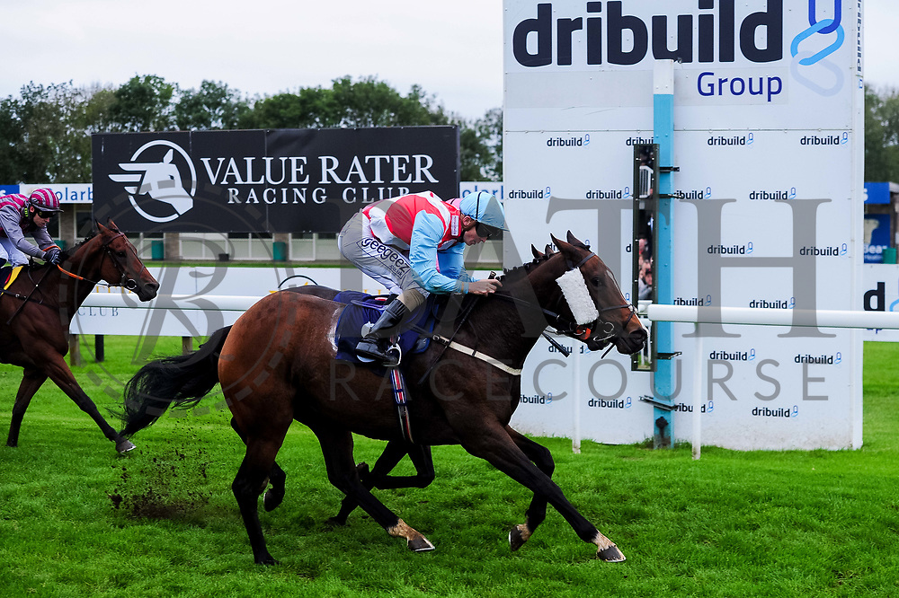 Powerful Dream ridden by David Probert and trained by R Harris, Firenze Rosa ridden by Aled Beech and trained by J J Bridger and Pettochside ridden by Toby Eley and trained by J J Bridger - Ryan Hiscott/JMP - 30/09/2019 - PR - Bath Racecourse - Bath, England - Race Meeting at Bath Racecourse