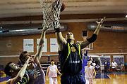 DESCRIZIONE : S.Antimo Lega A2 2011-2012 Ottavi di Finale Coppa Italia A.D.Pallacanestro S.Antimo Scafati Basket<br /> GIOCATORE : Davide Rosignoli<br /> SQUADRA : Scafati Basket<br /> EVENTO : Campionato Lega A2 2011-2012<br /> GARA : A.D.Pallacanestro S.Antimo Scafati Basket<br /> DATA : 21/09/2011<br /> CATEGORIA : rimbalzo<br /> SPORT : Pallacanestro<br /> AUTORE : Agenzia Ciamillo-Castoria/A.De Lise<br /> Galleria : Lega Basket A2 2010-2011  <br /> Fotonotizia : S.Antimo Lega A2 2011-2012 Ottavi di Finale Coppa Italia A.D.Pallacanestro S.Antimo Scafati Basket<br /> Predefinita :