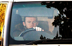 Wayne Rooney arrives at Everton Training - 19 Sept 2017