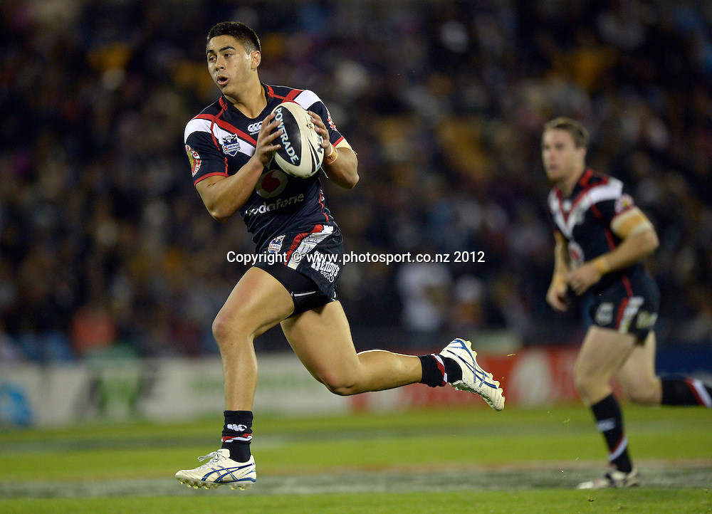Shaun Johnson during the NRL Rugby League match, Vodafone Warriors v Brisbane Broncos at Mt Smart Stadium, Auckland, New Zealand on Saturday 5 May 2012. Photo: Andrew Cornaga/photosport.co.nz