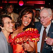 NLD/Rijswijk/20110620 - CD presentatie Patty Brard, Patty met ouders