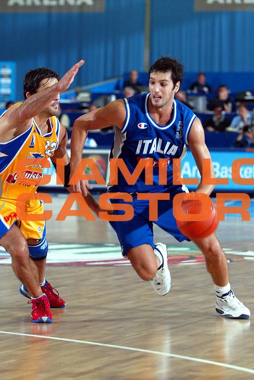 DESCRIZIONE : LULEA (SVEZIA-SWEDEN) GIOCATORE : Gianluca Basile SQUADRA : Nazionale Italia DATA : 2010-01-06CATEGORIA : SPORT :  AUTORE : AGENZIA CIAMILLO & CASTORIA/G.Ciamillo