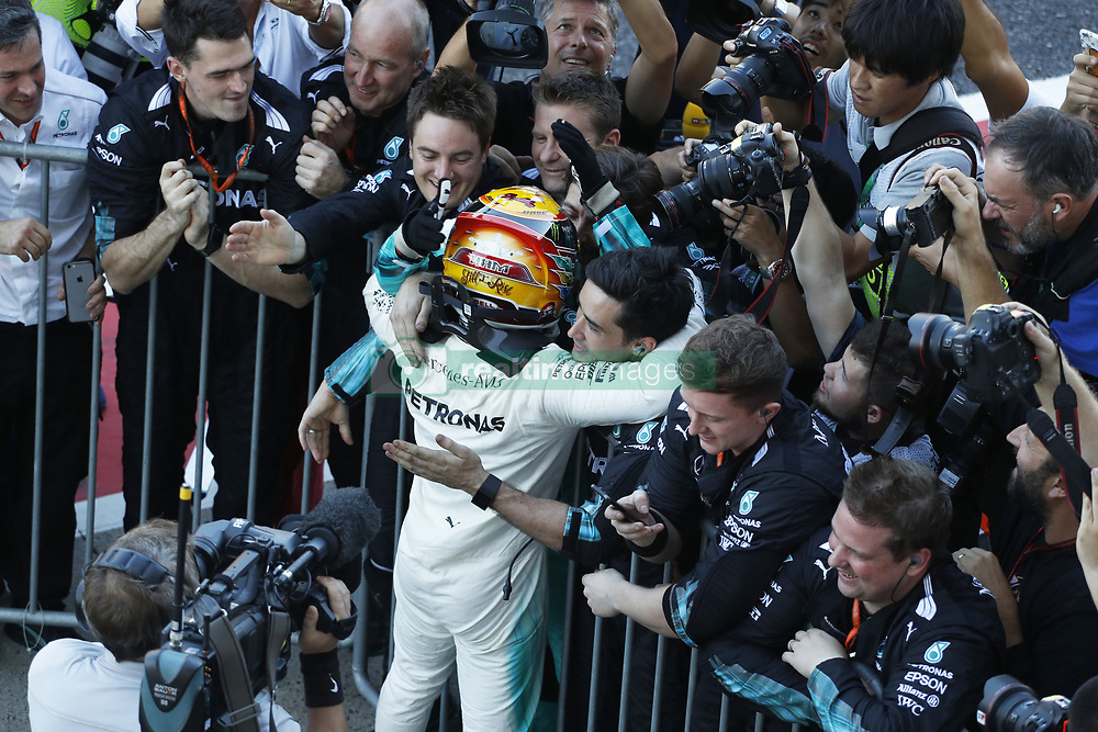 October 8, 2017 - Suzuka, Japan - Motorsports: FIA Formula One World Championship 2017, Grand Prix of Japan, .parc fermé#44 Lewis Hamilton (GBR, Mercedes AMG Petronas Formula One Team) (Credit Image: © Hoch Zwei via ZUMA Wire)