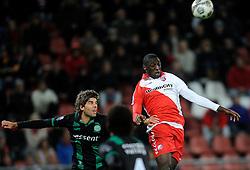 26-10-2012 VOETBAL: FC UTRECHT - FC GRONINGEN: UTRECHT<br /> Utrecht wint met 1-0 van Groningen / (L-R) Kees Kwakman, Jacob Mulenga<br /> ©2012-FotoHoogendoorn.nl
