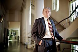O professor de economia brasileira na UFRGS, doutor pela USP, Pedro Dutra Fonseca, na Faculdade de Economia da Universidade Federal do Rio Grande do Sul, em Porto Alegre. FOTO: Jefferson Bernardes/FolhaPress