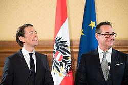 03.11.2017, Palais Niederösterreich, Wien, AUT, Pressekonferenz zu den Koalitionsverhandlungen von ÖVP und FPÖ anlässlich der Nationalratswahl 2017, im Bild ÖVP-Chef Sebastian Kurz und FPÖ-Chef Heinz-Christian Strache // Head of the Austrian Peoples Party Sebastian Kurz and Head of the Austrian Freedom Party Heinz-Christian Strache during coalition negotiations between the Austrian Peoples Party and Austrian Freedom Party due to general elections 2017 in Vienna, Austria on 2017/11/03, EXPA Pictures © 2017, PhotoCredit: EXPA/ Michael Gruber