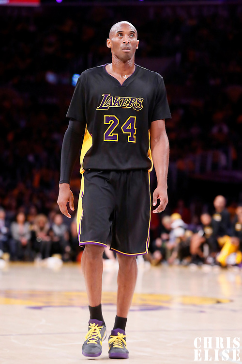 31 October 2014: Los Angeles Lakers guard Kobe Bryant (24) rests during the Los Angeles Clippers 118-111 victory over the Los Angeles Lakers, at the Staples Center, Los Angeles, California, USA.