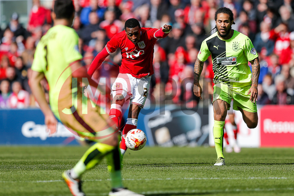 Jonathan Kodjia of Bristol City scores a goal to make it 3-0 - Mandatory byline: Rogan Thomson/JMP - 30/04/2016 - FOOTBALL - Ashton Gate Stadium - Bristol, England - Bristol City v Huddersfield Town - Sky Bet Championship.