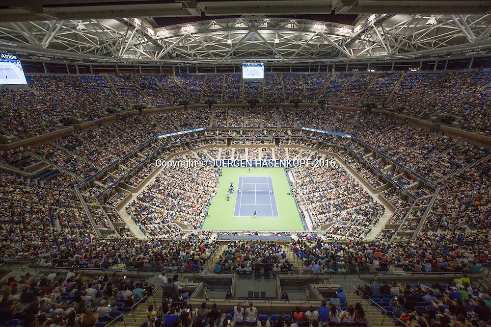 US Open 2016 Feature, Arthur Ashe Stadium, Centre Court, Nachtaufnahme, von oben,<br /> <br /> Tennis - US Open 2016 - Grand Slam ITF / ATP / WTA -  USTA Billie Jean King National Tennis Center - New York - New York - USA  - 2 September 2016.