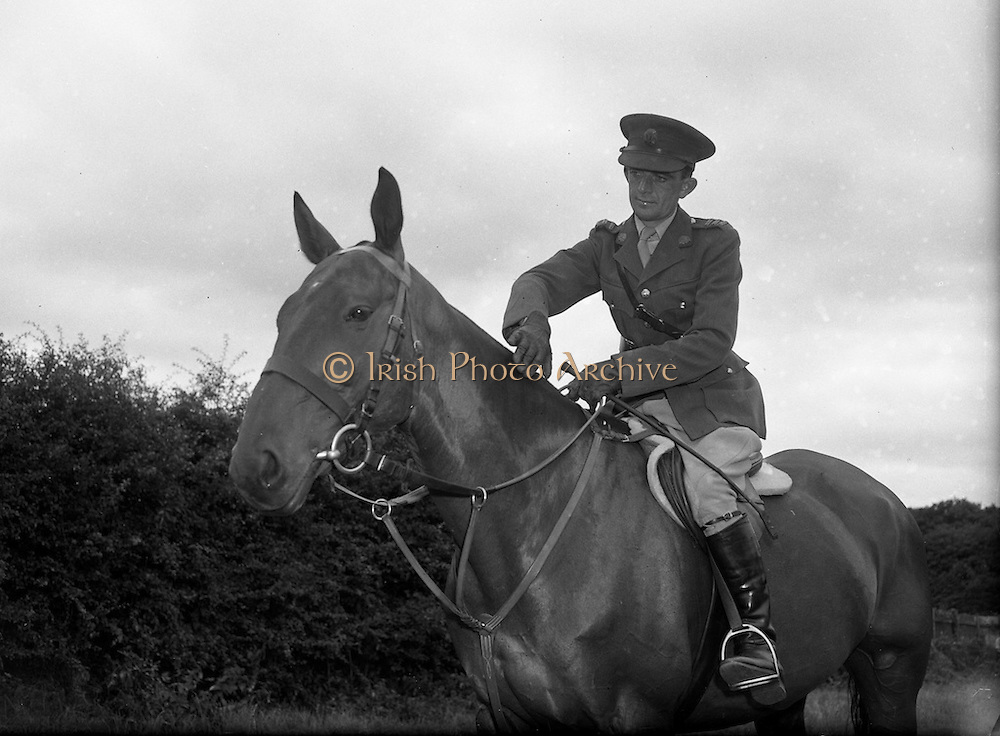 22/07/1952<br /> 07/22/1952<br /> 22 July 1952<br /> Army Equitation School, McKee Barracks, Cabra, Dublin. Captain Kevin Barry on &quot;Ballyneety&quot;.