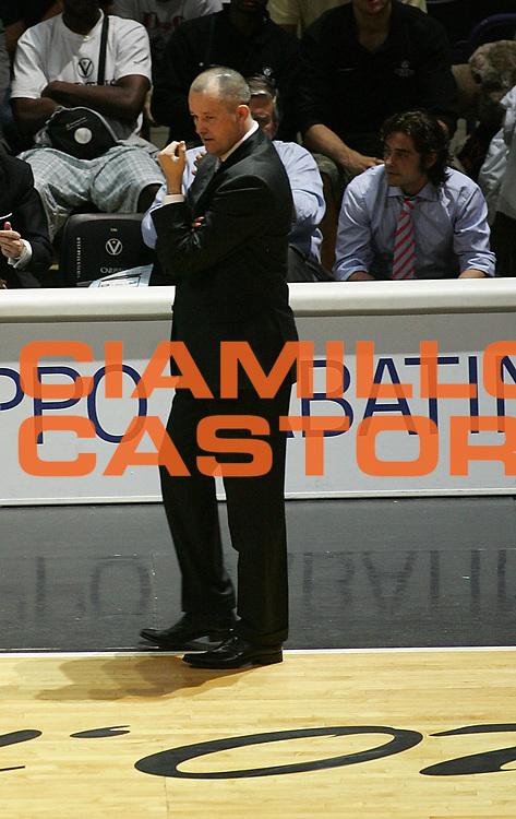 DESCRIZIONE : Bologna Lega A1 2006-07 Playoff Quarti di Finale Gara 1 VidiVici Virtus Bologna Angelico Biella <br /> GIOCATORE : Markovski <br /> SQUADRA : VidiVici Virtus Bologna <br /> EVENTO : Campionato Lega A1 2006-2007 Playoff Quarti di Finale Gara 1 <br /> GARA : VidiVici Virtus Bologna Angelico Biella <br /> DATA : 17/05/2007 <br /> CATEGORIA : Delusione <br /> SPORT : Pallacanestro <br /> AUTORE : Agenzia Ciamillo-Castoria/M.Minarelli