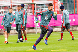14.03.2019, Säbener Strasse, Muenchen, GER, 1. FBL, FC Bayern Muenchen vs 1. FSV Mainz 05, Training, im Bild v.l. Joshua Kimmich (FC Bayern), Lars Lukas Mai (FC Bayern), Jerome Boateng (FC Bayern), Sven Ulreich (FC Bayern), Kingsley Coman (FC Bayern) // during a trainings session before the German Bundesliga 26th round match between FC Bayern Muenchen and 1. FSV Mainz 05 at the Säbener Strasse in Muenchen, Germany on 2019/03/14. EXPA Pictures © 2019, PhotoCredit: EXPA/ Lukas Huter