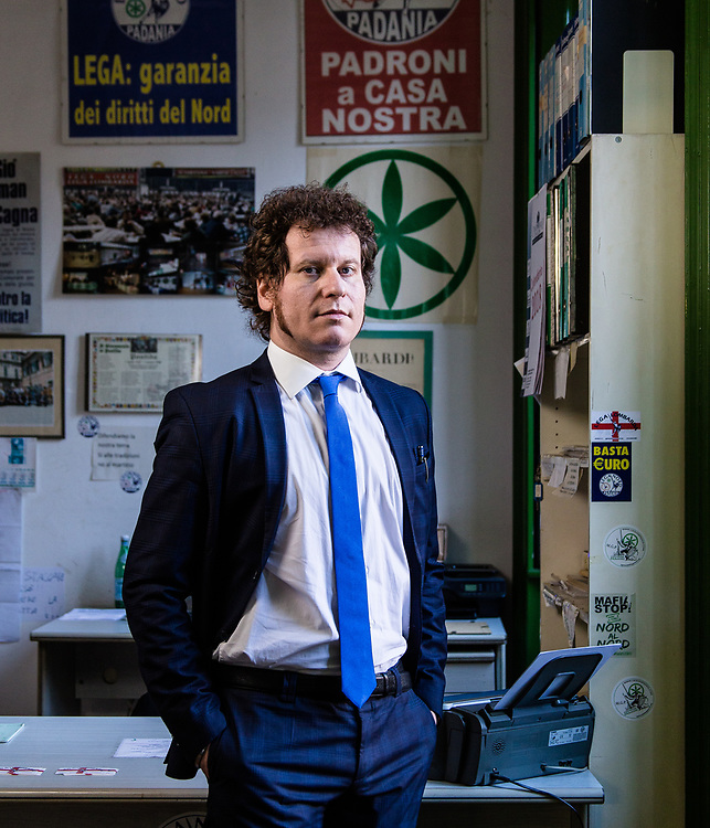 Matteo Bianchi, 39 anni, segretario provinciale Lega Nord Varese. Sede Lega Nord di Varese. | Matteo Bianchi, 39 years old, provincial secretary of Lega Nord political party in Varese. Lega Nord party headquarters in Varese.