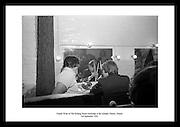 Bilde av Charlie Watts fra The Rolling Stones backstage på Adelphi Theatre, Dublin. Perfekt gave til.en som er musikkinteressert. Sort-hvitt kvalitetsbilde av The Rolling Stones på turne.