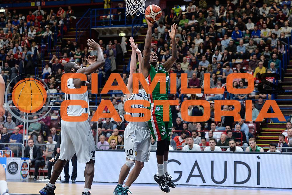 DESCRIZIONE : Beko Final Eight Coppa Italia 2016 Serie A Final8 Semifinale Sidigas Scandone Avellino - Dolomiti Energia Trento<br /> GIOCATORE : James Nunnally<br /> CATEGORIA : Tiro Penetrazione<br /> SQUADRA : Sidigas Scandone Avellino<br /> EVENTO : Beko Final Eight Coppa Italia 2016<br /> GARA : Semifinale Sidigas Scandone Avellino - Dolomiti Energia Trento<br /> DATA : 20/02/2016<br /> SPORT : Pallacanestro <br /> AUTORE : Agenzia Ciamillo-Castoria/L.Canu