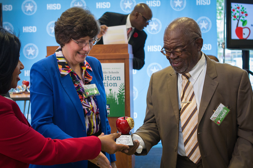 HISD recognizes 2014's Top Volunteers