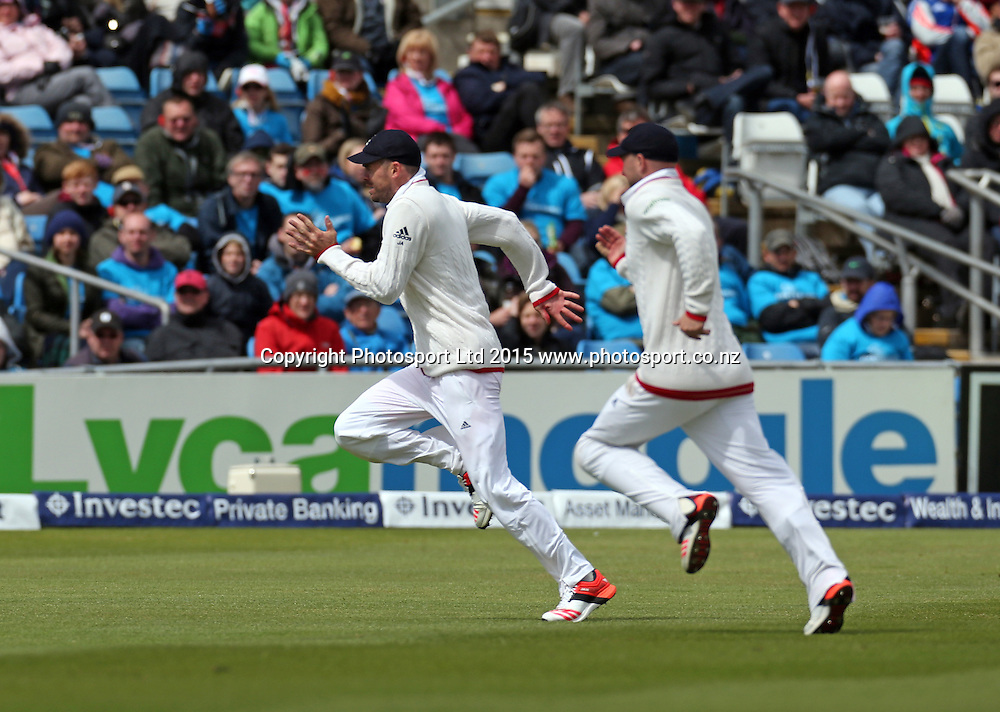 James Anderson leads the chase for a Martin Guptill shot during the second Investec Test Match between England and New Zealand at Headingley, Leeds. Photo: Graham Morris/www.photosport.co.nz