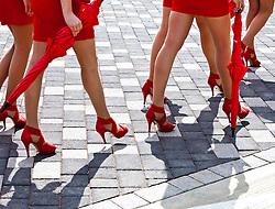 09.07.2011, Silverstone Circuit, Silverstone, GBR, F1, Großer Preis von Großbritannien, Silverstone, im Bild Feature, die Füße der Grid Girls, die Damen gehen auf Stöckelschuhen zur Präsentation // during the Formula One Championships 2011 British Grand Prix held at the Silverstone Circuit, Northamptonshire, United Kingdom, 2011-07-09, EXPA Pictures © 2011, PhotoCredit: EXPA/ J. Feichter