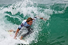 Brett Simpson Wins U.S. Open of Surfing 2010