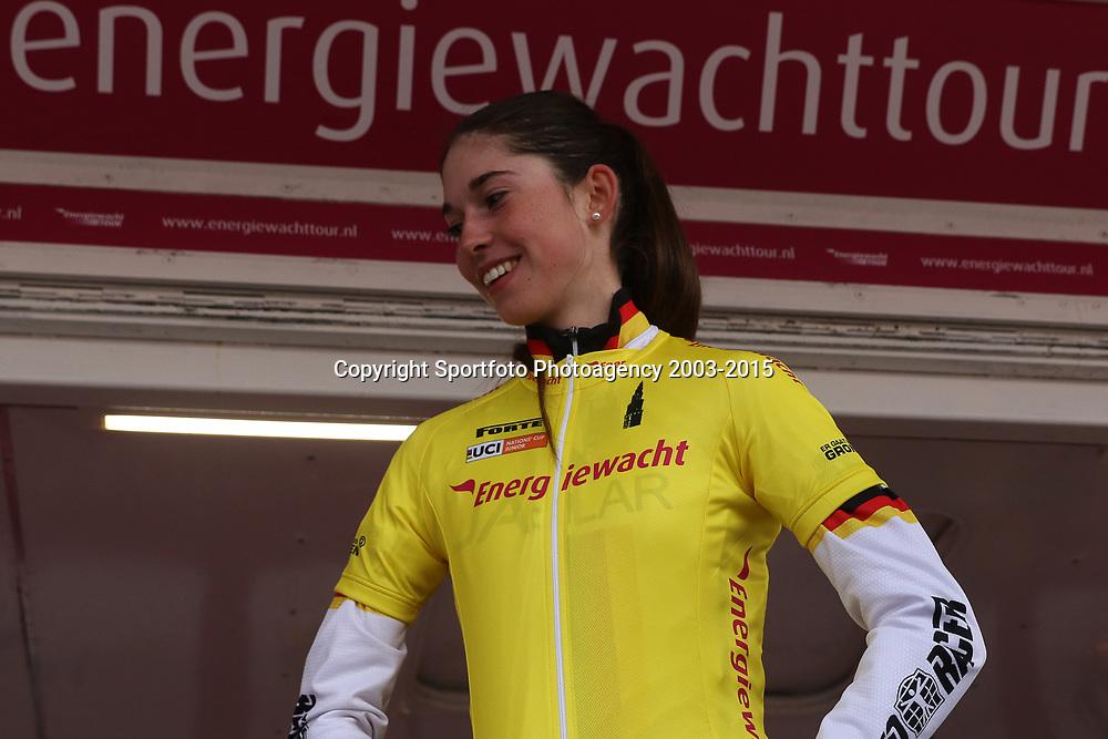 09-04-2016: Wielrennen: Energiewachttour vrouwen: Zuidhorn<br /> Final stage Energiewachttourwomen junior. German  Christa Riffel wins overal classment