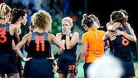 RIO DE JANEIRO -  Teleurstelling bij Margot van Geffen (Ned) en Oranje na de finale tussen de dames van Nederland en  Groot-Brittannie (3-3) in het Olympic Hockey Center tijdens de Olympische Spelen in Rio.  GB wint na shoot outs.  COPYRIGHT KOEN SUYK