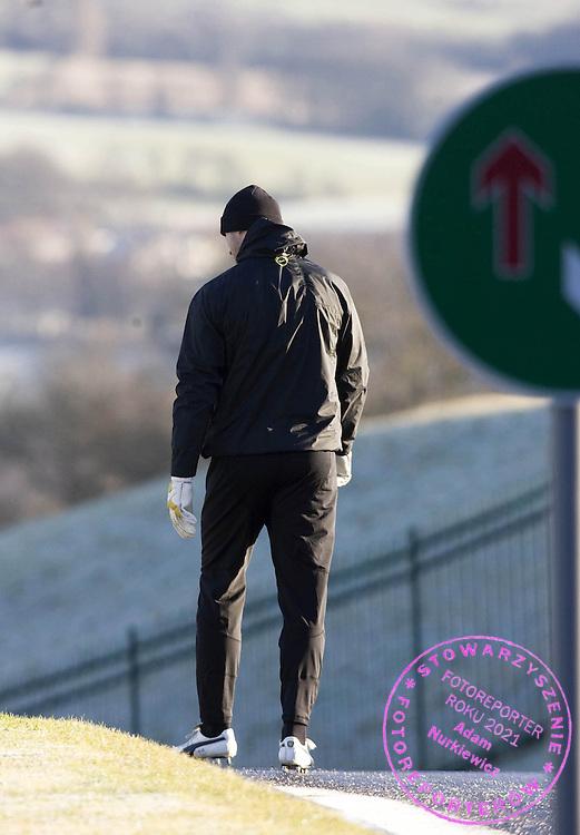 09/12/08 .CELTIC TRAINING .LENNOXTOWN .Celtic goalkeeper Artur Boruc